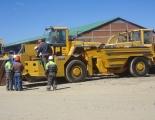 Haulage truck and loader at Pulacayo