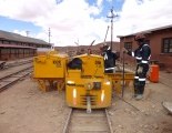 Switching batteries of the locomotive
