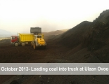 Loading-coal-into-truck-at-Ulaan-Ovoo